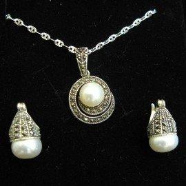 ~La luna 銀飾豐華~細緻古典馬克賽石系列~純銀白珍珠耳環項鍊墜子套組^(S115^