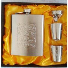 正品隨身不鏽鋼酒壺 便攜式7盎司酒瓶 酒杯漏鬥 套裝德國 包郵