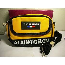 L集. 附盒ALAIN DELON牌子腰包 手拿包!!~~還附一肩帶值得擁有!! 6房壁箱
