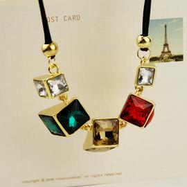 大牌 時裝短款項鏈女韓國 誇張水晶彩鑽皮繩鎖骨鏈配飾
