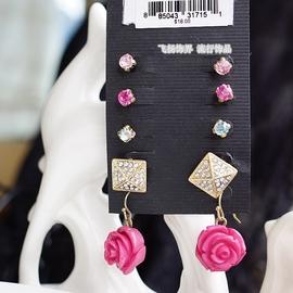 首飾品紅色亞克力寶石鑽滿鑽尖錐方塊紅色玫瑰花耳飾耳環耳墜女生