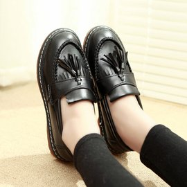 日系圓頭小皮鞋學院風流蘇牛津鞋 英倫复古單鞋女平跟平底女鞋