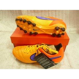 ^^n0900^^【2015 健立最 】NIKE-天然皮革輕質舒適的足球鞋TIEMPO G