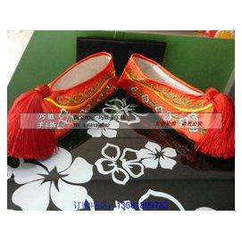 古代繡花鞋新娘鞋 平底繡花鞋彩鞋 秀禾鞋 配秀禾服大紅繡花鞋