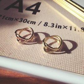 正韓貨?韓國偶像劇無限 合金戒指? 古著手鍊 復古手鐲 滿鑽戒指 珍珠鑽石項鍊 韓劇首飾