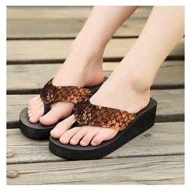 一元 人字拖厚底松糕女鞋涼鞋子高跟沙灘夾腳坡跟 亮片拖鞋