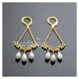 白色珊瑚吊燈耳環~海洋靈感珠寶~獨特的新娘首飾