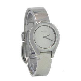 美国代购GUCCI古弛手表腕表银色不锈钢表带女表YA067503