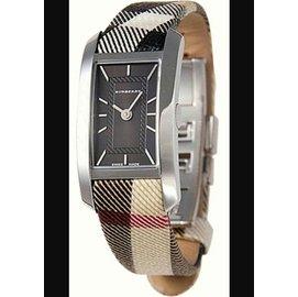 美國Bu1060~BURBERRY~英國倫敦 ~手錶皮帶格紋 方形黑色石英女表^(BU10