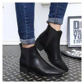 尖頭真皮短靴子女英倫風粗跟單靴短筒中跟松緊帶及踝靴潮