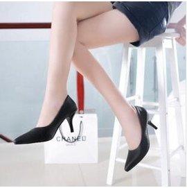 巴黎足印 僅有一件 高跟鞋女細跟套腳單根尖頭黑色白色34~39 柳釘磨砂 5~30
