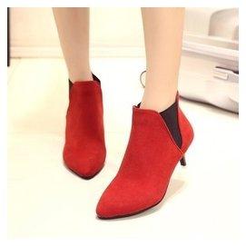 秋鼕小靴子女短靴中跟細跟尖頭絨面馬丁靴低跟短筒女靴矮跟小短鞋