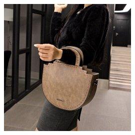 包包2015 潮流女包車縫線手提包半圓形斜跨包簡約復古包