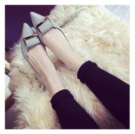 蘑菇街新品2015春秋平底平跟尖頭淺口女鞋套腳 女 鞋涼鞋潮