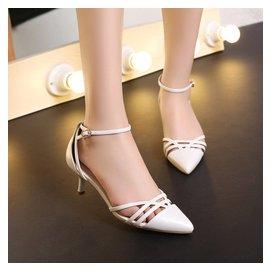 正品折扣涼鞋女中跟細跟包頭尖頭鞋鏤空感簡約職業鞋3343大小碼