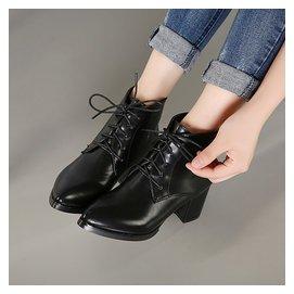 2015 英倫風尖頭前繫帶短靴高跟粗跟馬丁靴大碼 女鞋潮