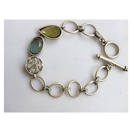 正品^~打有識^~亞克力亮鑽滿盤大顆淡青淺綠寶石很美的手鏈