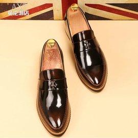 尖頭男士商務 皮鞋復古英倫牛津鞋漆皮婚鞋布洛克雕花男鞋子潮