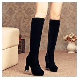 穿名堂 新品長筒靴女鞋性感過膝長靴高筒粗跟純色皮靴超高跟馬丁靴501