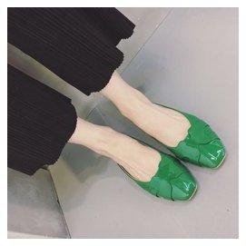 醬的小鞋櫃 簡約漆皮靚色復古方頭舒適懶人套腳平底女拖鞋