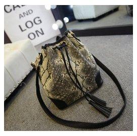 2014 女包蛇紋水桶包 手提斜 包 百搭爆款包包