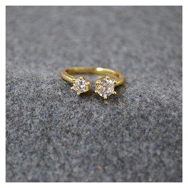 高端風 銅件爪鑲鋯石閃鑽 開口可調節均碼戒指