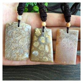印尼純天然珊瑚玉隨形吊墜菊花玉化石水滴形吊墜男女毛衣項鏈冰種