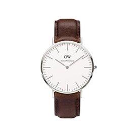 可 DANIEL WELLINGTON DW 手錶 40mm 皮錶帶 銀色 0209DW