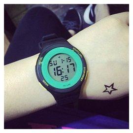 韓國 潮流女生 多動能電子表中學生大學生防水手表正品