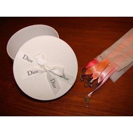 ~∮魔法時光∮~Dior法國 訂製 Miss Dior Cherie花漾墬飾緞帶 卡片