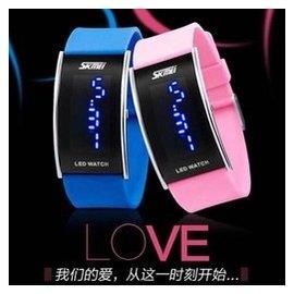 正品防水學生情侶手表一對價 長方形夜光 腕表男女情侶對表