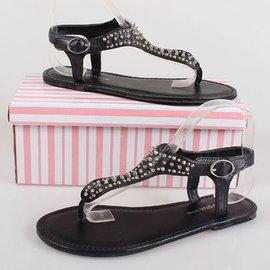 外貿美國品牌 平底街頭 鉚釘防狼鞋夾趾夾腳羅馬涼鞋平跟女鞋