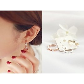 首爾小姐~韓國 ~ ~  .pearl ring細緻珍珠C環925純銀耳針耳環