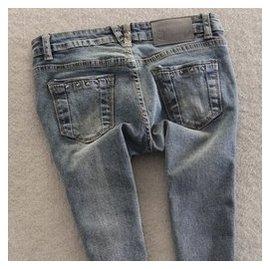 維卡戀 牛仔褲女小腳褲顯瘦女裝鉛筆褲 潮修身女褲彈力長褲