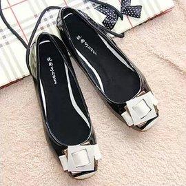 四季漆皮平跟女單鞋 淺口方頭平底搭扣低幫鞋拼色真皮大碼 鞋