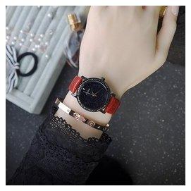 個新品女表 潮流鑲鑽石英表防水真皮帶手表女學生手表 潮