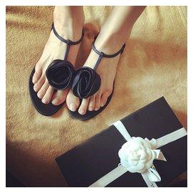 2015夏 夾趾平底平跟夾腳玫瑰花朵大碼沙灘黑色涼鞋女鞋子潮
