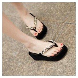 女式涼鞋水鑽沙灘串珠人字拖厚底松糕拖鞋夾腳坡跟涼拖鞋女潮