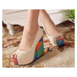 ~零一刻度~23620472652 韓國上腳魚嘴涼鞋 甜美拼色公主超高跟鞋女鞋子 涼鞋