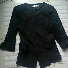 雪紡 蕾絲 接袖 七分反折袖 墊肩 西裝外套 黑色L