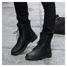 男士靴子高筒男靴潮流黑色潮靴馬丁靴軍靴青少年 大碼皮靴