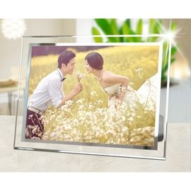 居家擺飾  水晶 玻璃相框 婚紗 婚禮擺飾 嬰兒 兒童  證書相框 相框 150元