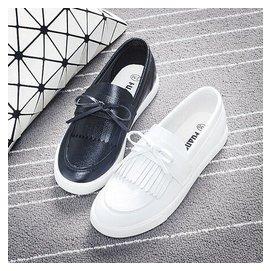 環球女鞋黑白色小白鞋皮面懶人鞋女一腳蹬鞋帆布鞋厚底布鞋樂福鞋DL7289~毛菇小象~