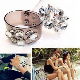 寬版開口遮疤手鐲女款鍍超閃鑽手環首飾鑲嵌水晶寶石透明 誇張