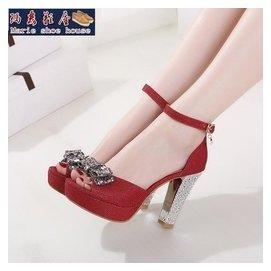 大 女鞋· 蝴蝶結超高跟魚嘴涼鞋 防水臺粗跟女鞋40-43大碼涼鞋