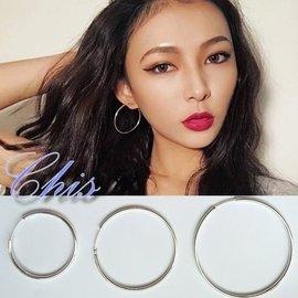 Chis Store~中大型單圓圈耳環~925純銀耳針韓國 式極簡風格簡約圈圈圓形鏤空幾何
