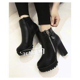 靴子女 高跟女短靴粗跟圓頭高跟鞋 潮短筒防水臺馬丁靴女靴子