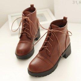 炫彩館 可愛中跟少女短筒靴秋 系帶馬丁靴防水臺粗跟學生短靴子女
