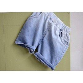 漸層顏色牛仔短褲