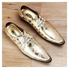 真皮男鞋商務正裝男士尖頭皮鞋金銀色英倫潮流系帶單鞋透氣鞋子